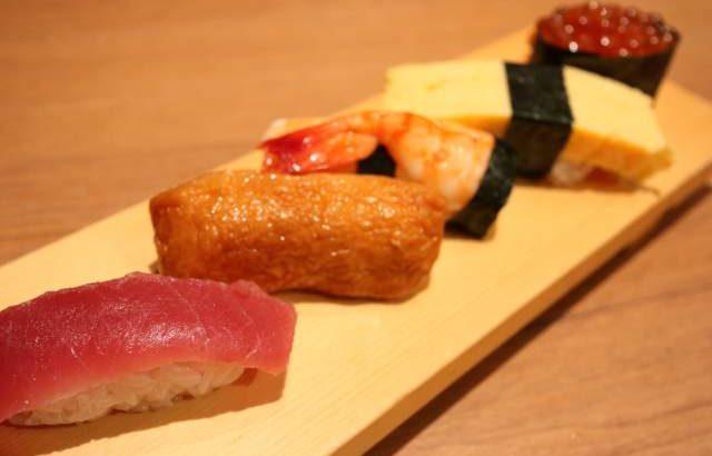 凧ずしのお子様盛り寿司