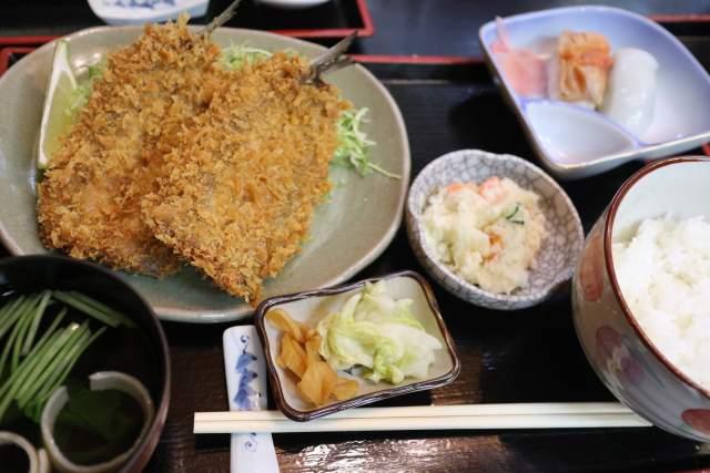 大和寿司のアジフライ