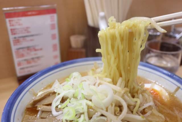 盛華の麺リフト