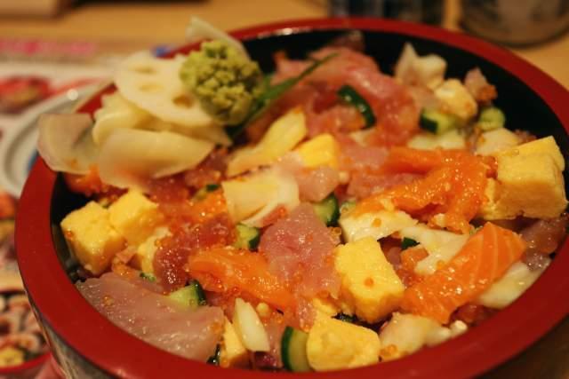 三友 蓮の特製バラちらし寿司