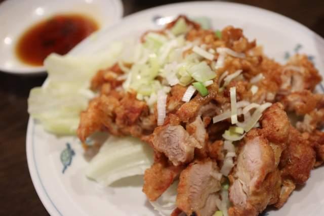 皇庭餃子房の鶏肉サクサク揚げ