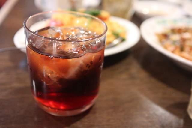 皇庭餃子房のサンザシ酒ロック