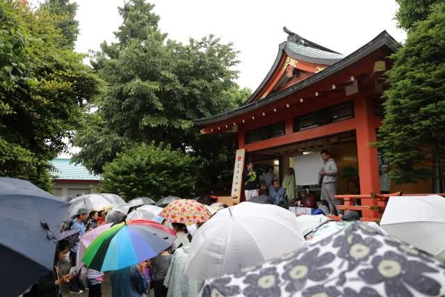菅原神社の弁天まつりのビンゴ大会