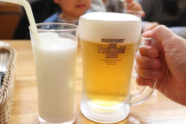 カナピナのランチビールとラッシー
