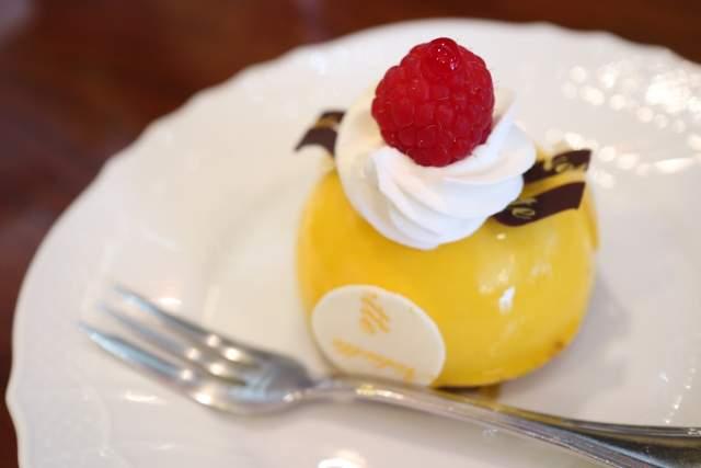 プティリュタンのケーキ2