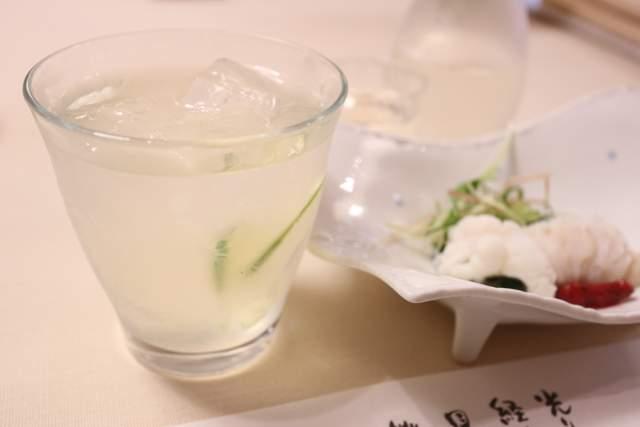 旭鮨のすだち冷酒