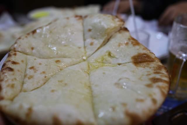 ミランのチーズナン