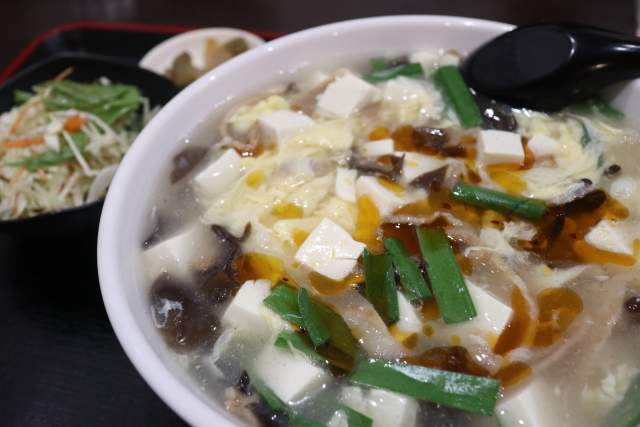 金蘭の酸辣湯麺