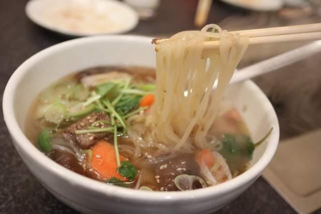 韓国温麺 麺リフト