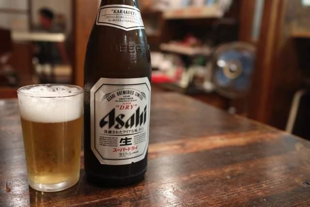 ちゃぶ台の瓶ビール