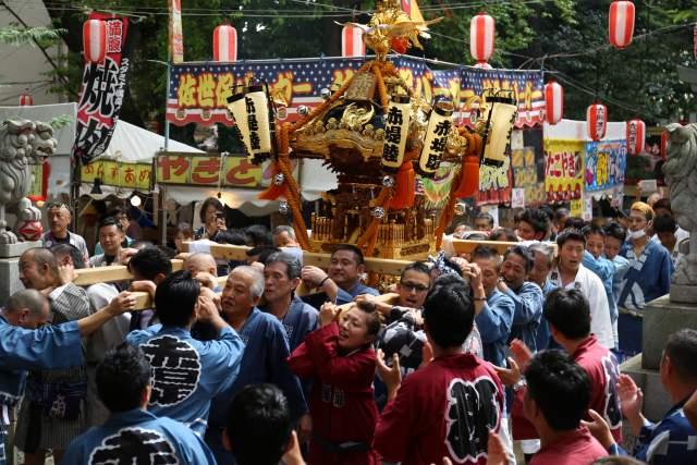六所神社のお神輿2