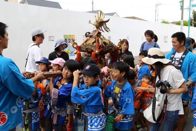 六所神社の子供神輿