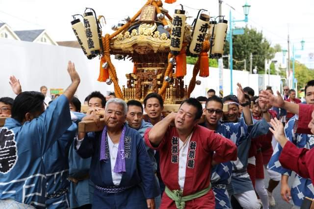 六所神社のお神輿3
