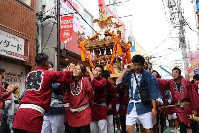 菅原神社例大祭のお神輿3
