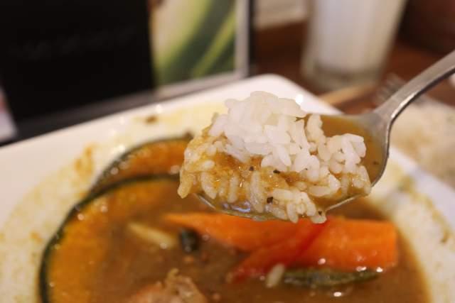 プルポのスープカレーとライス