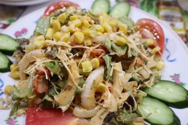 ミランのタンブリチキンサラダ