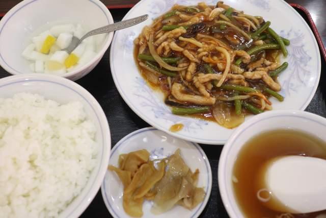 康楽のニンニクの芽と豚肉のカキソース炒め定食