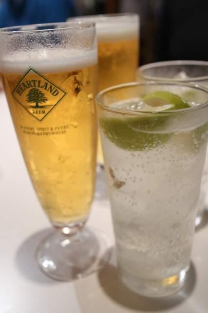 フジタカ食堂の生ビールと生レモンサワー