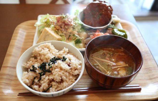 クレドの玄米定食