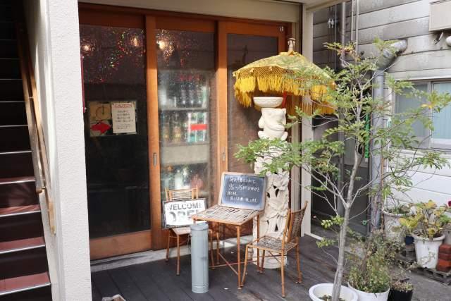 下高井戸 ムンランギットカフェの外観