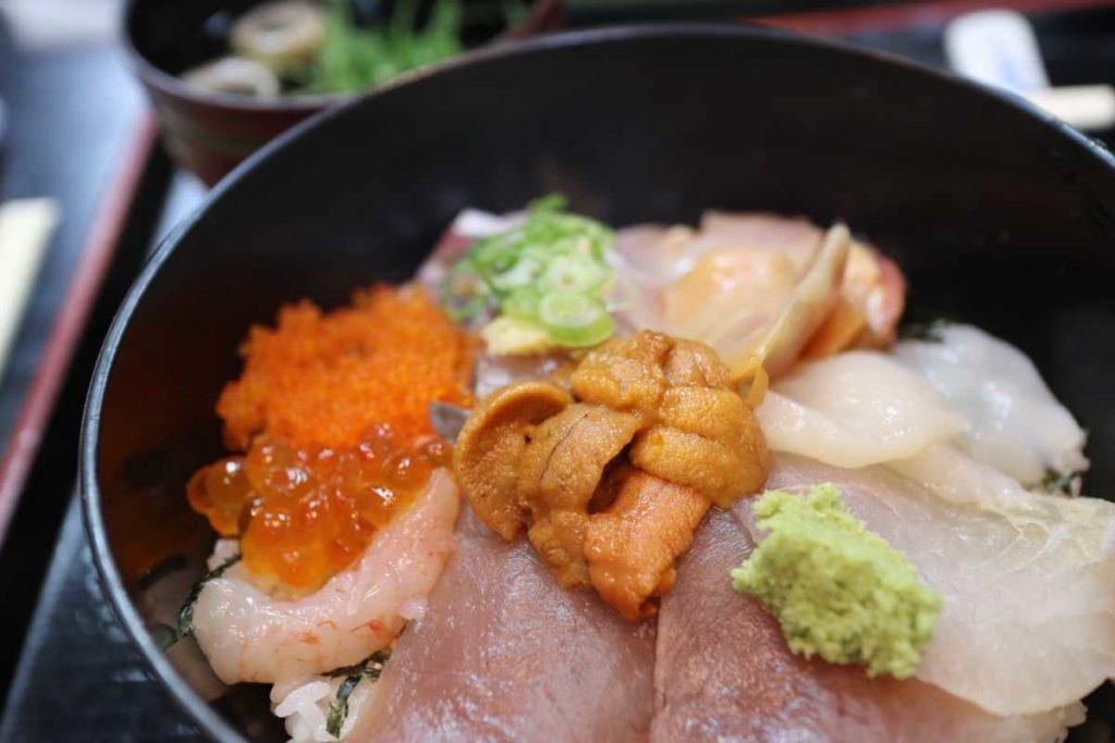大和寿司の海鮮丼