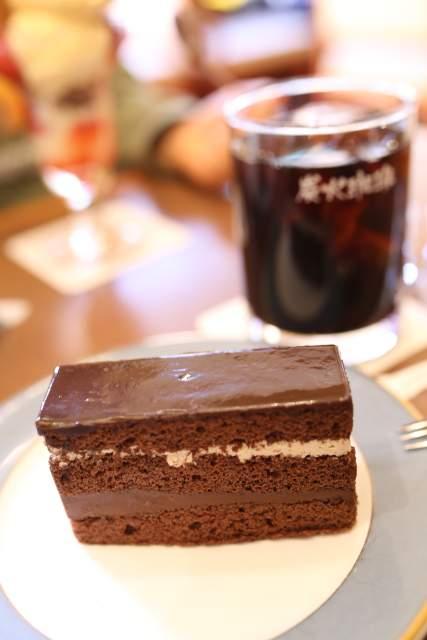 ローストのオペラケーキ