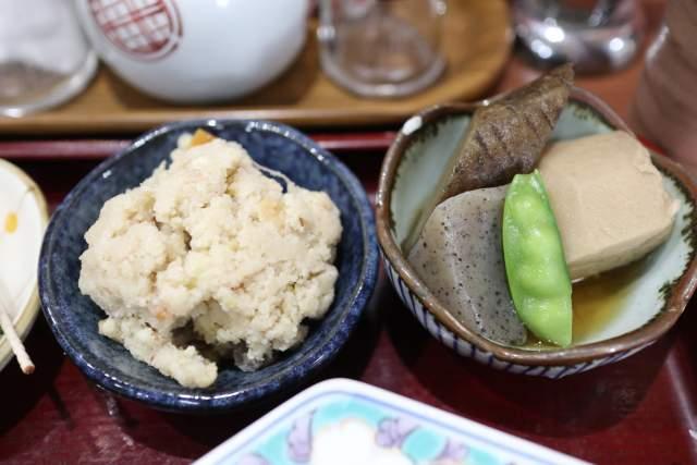 魚魚魚のおから五目煮と野菜煮