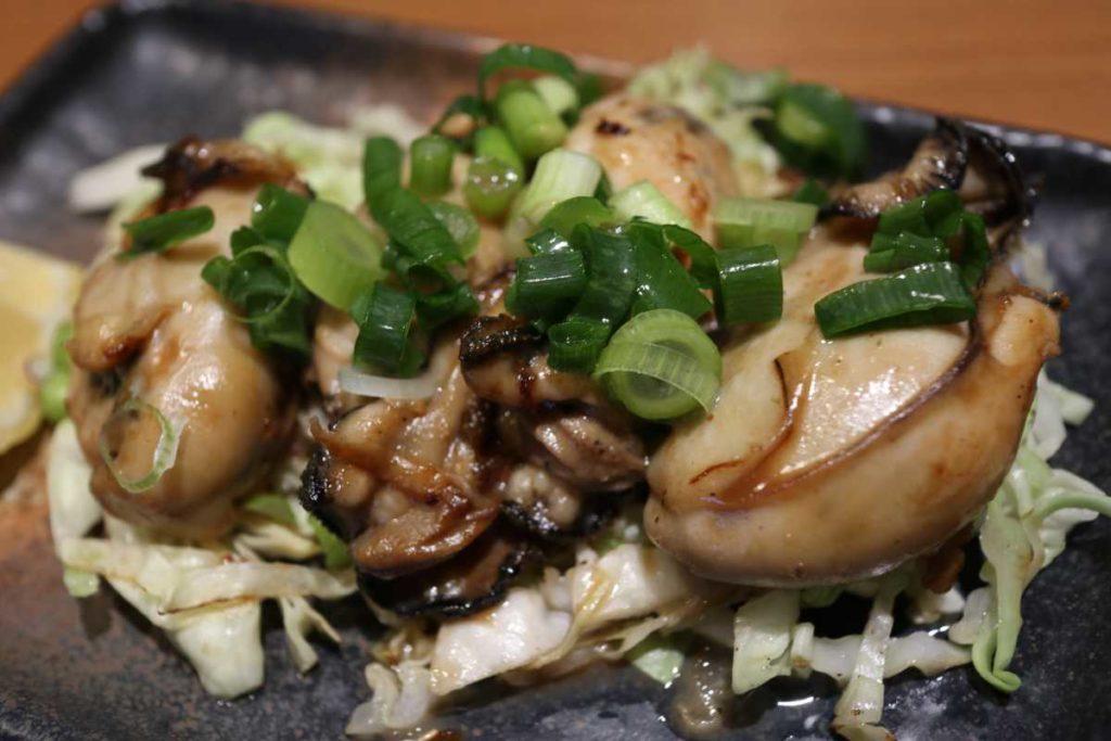 こいのぼりの広島産牡蠣のバター醤油焼き