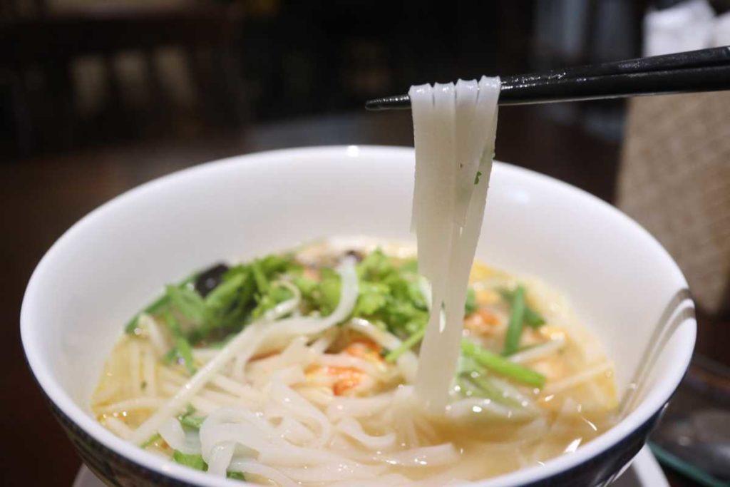 トムヤムクン ヌードルの麺