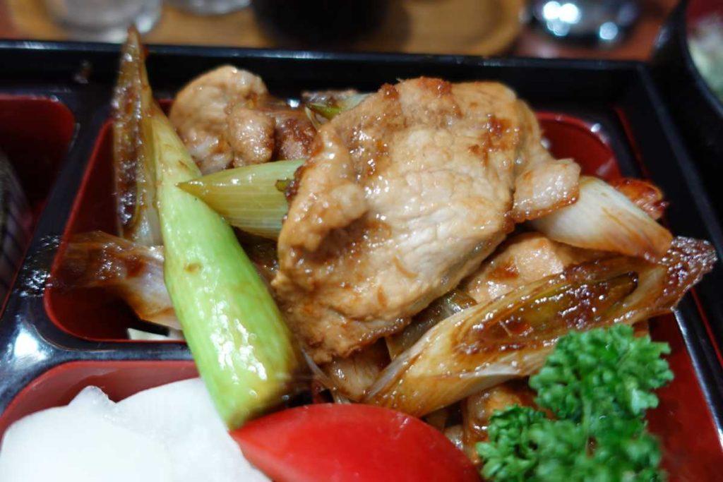 魚魚魚の生姜焼き