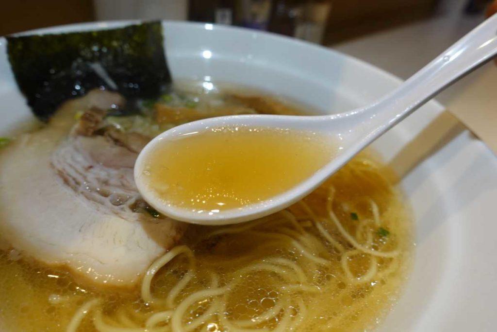 醤屋の白らーめんのスープ