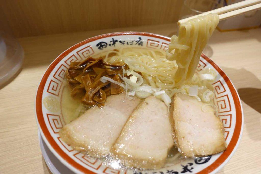 冷やかけ中華そばの麺
