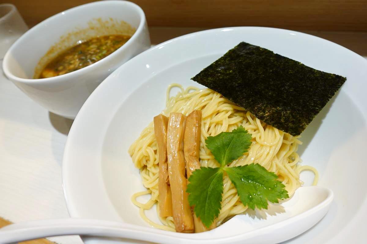 醤屋の黒つけ麺