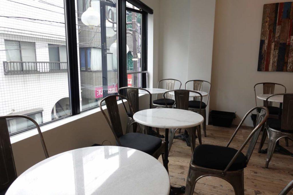 ファイブスターズのカフェスペース