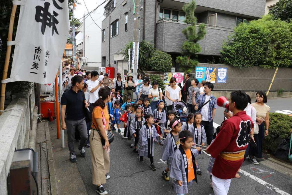山車が菅原神社に到着