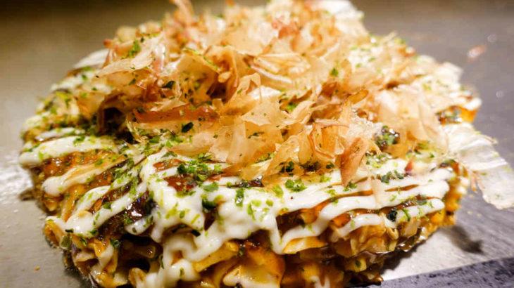 大阪お好み焼き「ごっつい」の海鮮お好み焼きランチ
