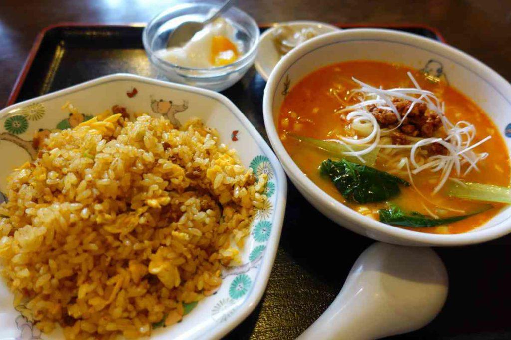 カレーチャーハン&半担々麺