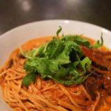 明大前イルチェーロの渡りガニのトマトクリームスパゲッティ