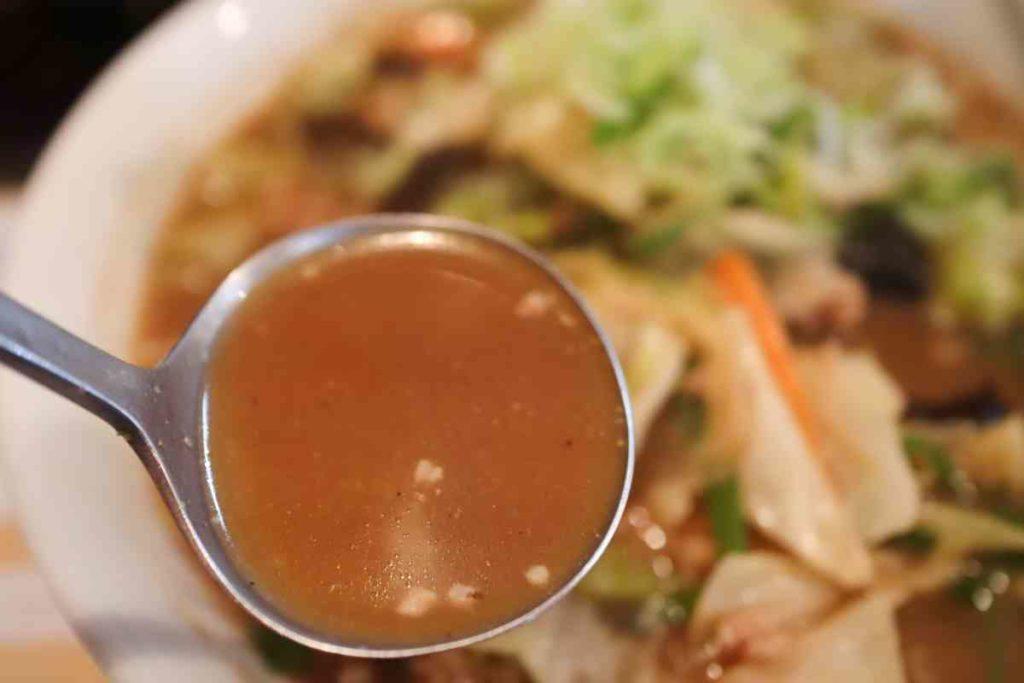 スタミナラーメンのスープ