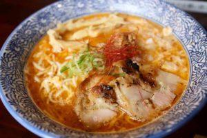 麺匠ようすけ鶏煮亭の期間限定 酸辣鶏白湯ラーメン