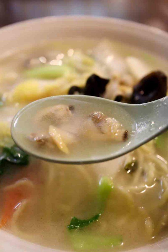 アサリ野菜タンメンのスープ