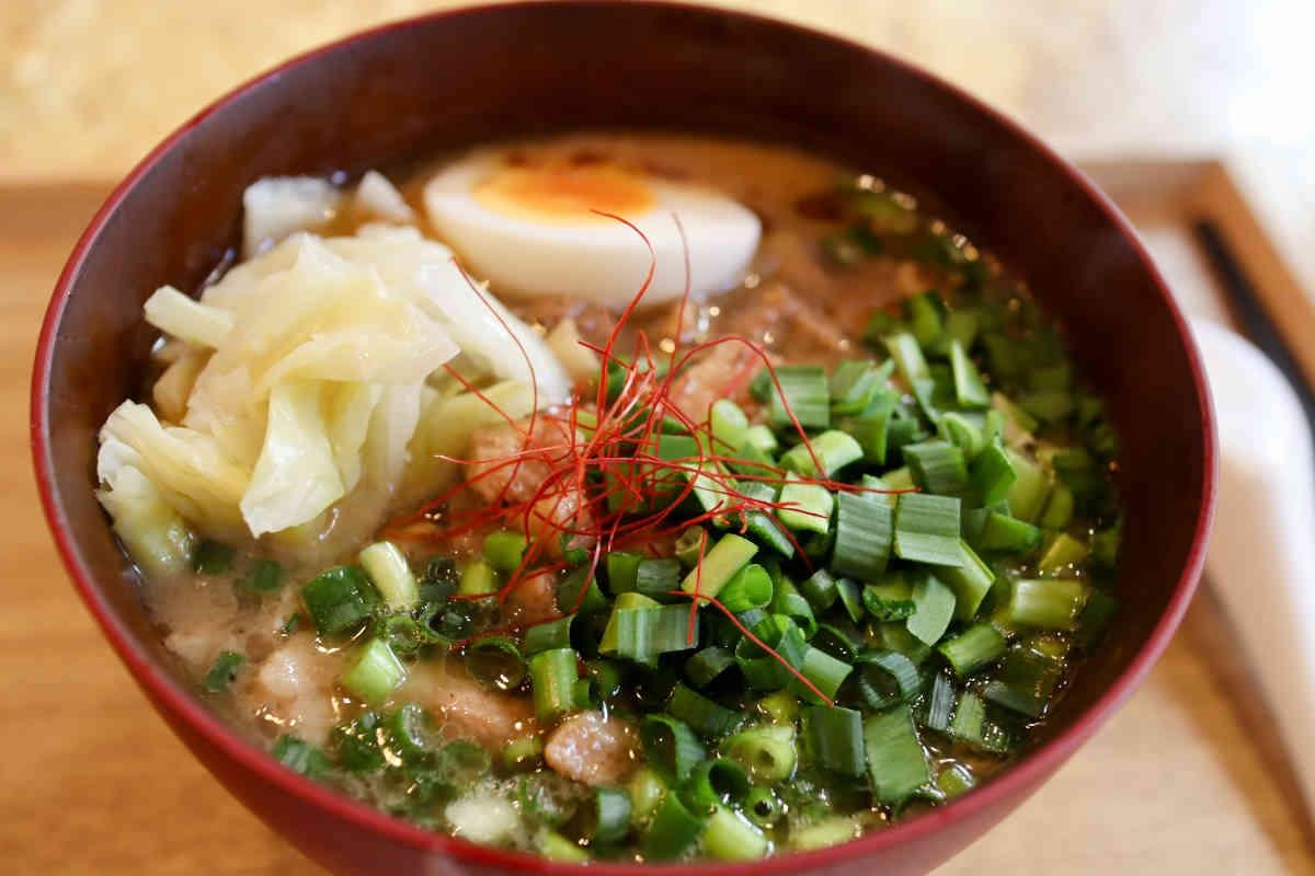 MEILIの担仔麺 990円