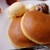 珈琲館のバニラアイス付きホットケーキとカフェグラッセ