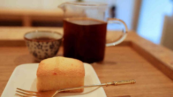 パイナップルケーキと台湾コーヒー