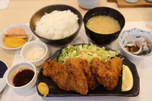 鮨すえひろの広島産 殻付き牡蠣からの『カキフライ膳』