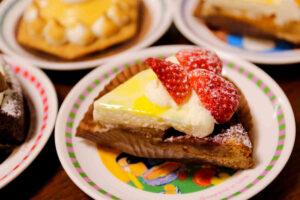 明大前 洋菓子店 タトル(tatre)のタルト3種類とガトーショコラ