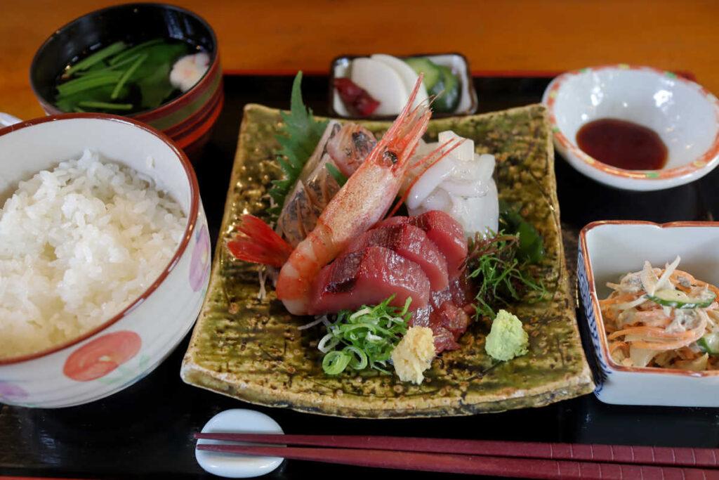 刺身定食 1,200円