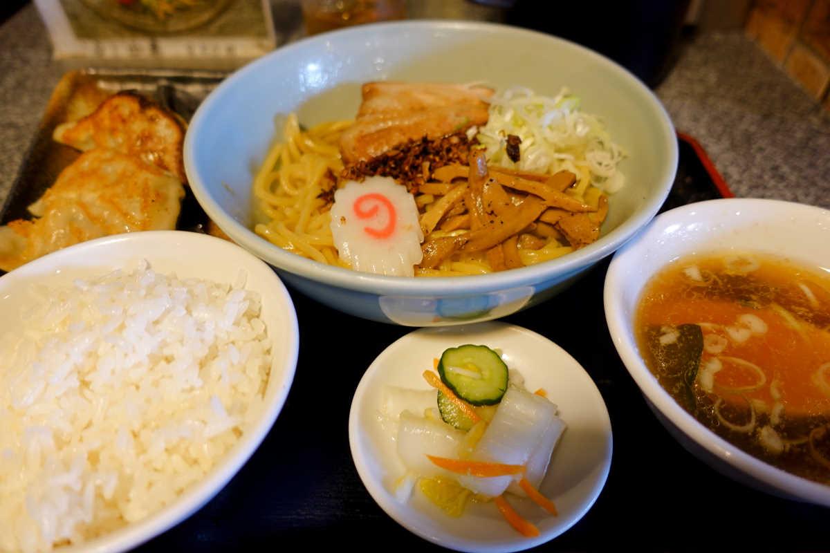 桜上水 油そば『あぶらー亭』のあぶらー麺と餃子のランチセット