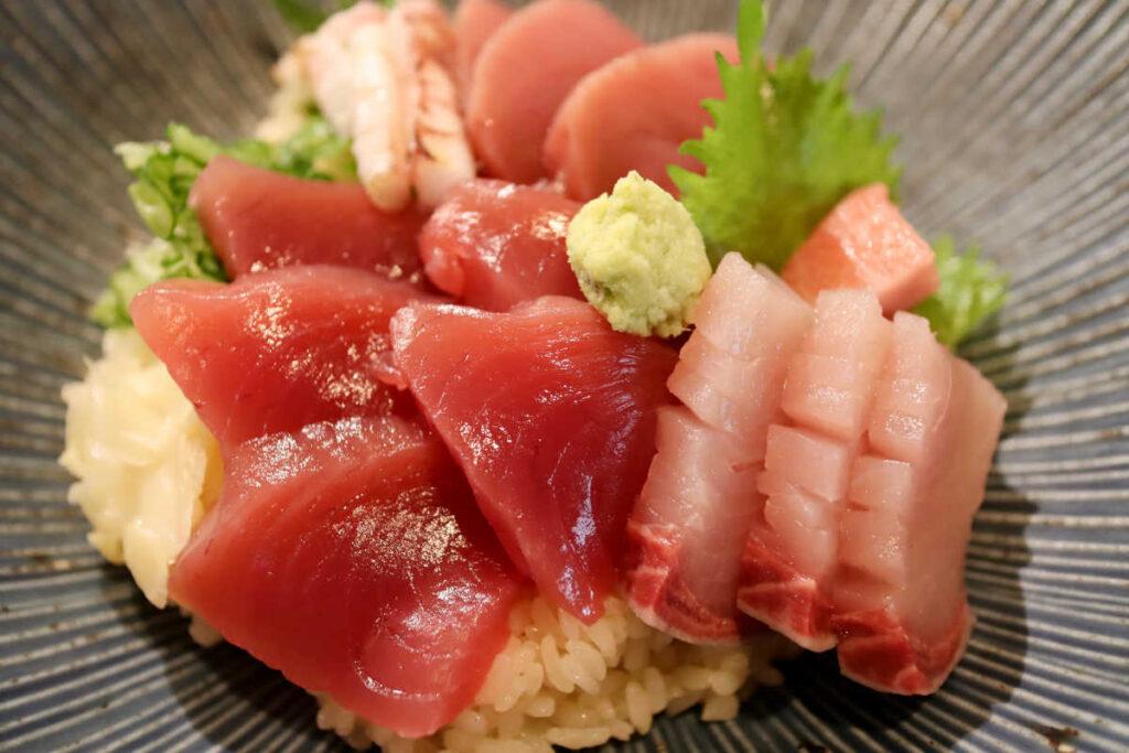 メジマグロ海鮮丼