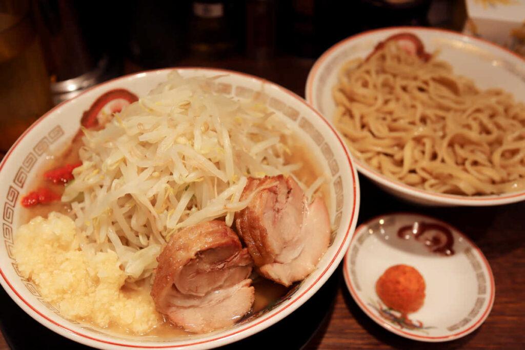 ラーメン豚山の旨辛つけ麺